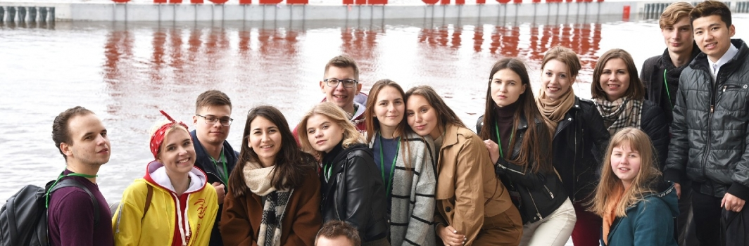 Студентам ФСТ вручили грамоты за участие во Всероссийском фестивале «Студенческая весна»